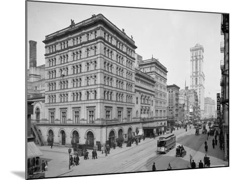 Metropolitan Opera House, New York City, C.1905--Mounted Photographic Print