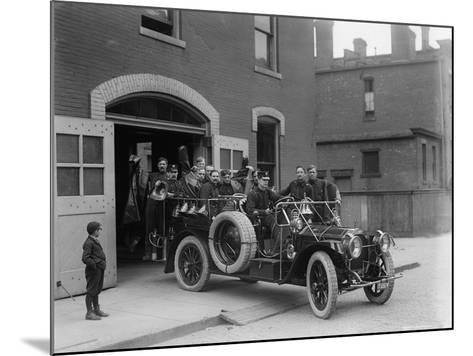 Packard Fire Squad, 1911--Mounted Photographic Print
