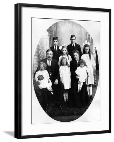 Early Edwardian Family Group, C. 1905--Framed Art Print