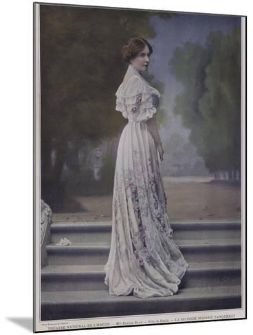 Berthe Bady as Paula in the Second Mrs Tanqueray--Mounted Photographic Print