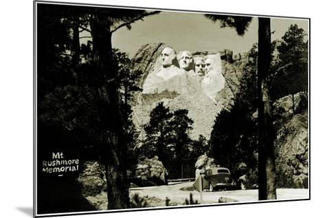 Mount Rushmore Memorial, C.1941-42--Mounted Photographic Print