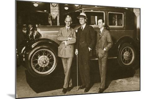 Enter the New Ford, 1927--Mounted Photographic Print