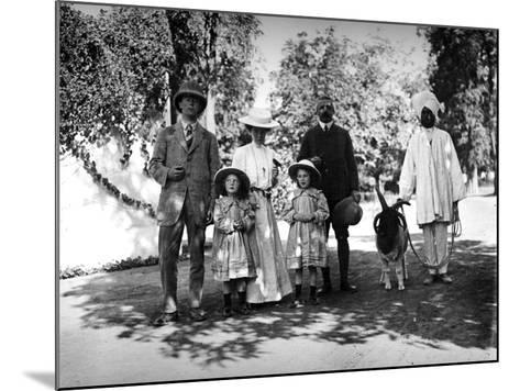 British Family and Servant in India, C.1907-8--Mounted Photographic Print