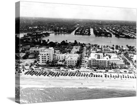 Lauderdale Beach and Islands, C.1950--Stretched Canvas Print