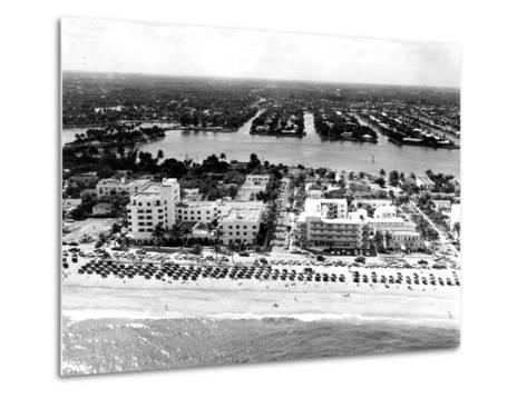 Lauderdale Beach and Islands, C.1950--Metal Print