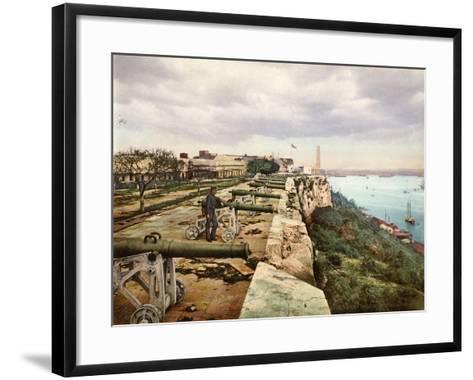 El Parapeto De La Cabaña, Habana, 1900--Framed Art Print