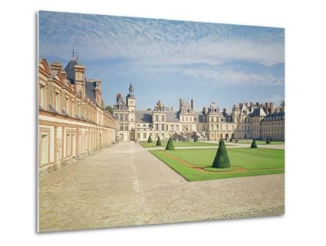 White Horse Courtyard, Palace of Fontainebleau--Metal Print