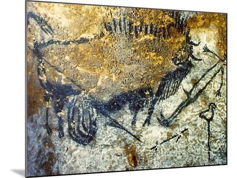 A Wounded Bison Attacking a Man, C.15,000-10,000 Bc--Mounted Giclee Print