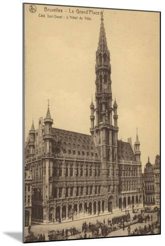 Postcard Depicting the Town Hall in the Grand'Place--Mounted Photographic Print