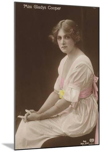 Gladys Cooper, English Stage, Film and Television Actress--Mounted Photographic Print