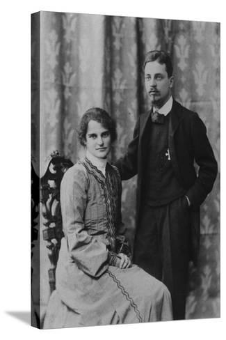 Rainer Maria Rilke and Clara Westhoff in Rome, 1903--Stretched Canvas Print