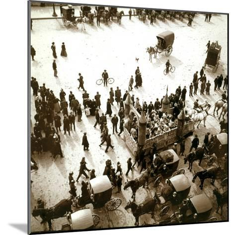 The Arrival of Carriages at the Exposition Universelle, Paris, 1900--Mounted Photographic Print