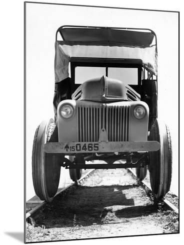 'Twynomatic' Military Rail-Scout Car, Bombay, India, C.1920-51--Mounted Photographic Print