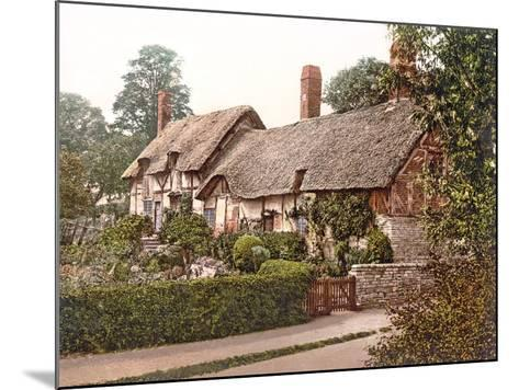 Anne Hathaway's Cottage in Stratford-Upon-Avon, 1890-1900--Mounted Photographic Print