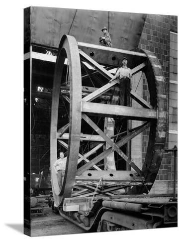 Transporting of the Framework of the Hale Telescope, C.1936-48--Stretched Canvas Print
