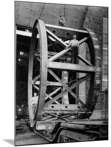 Transporting of the Framework of the Hale Telescope, C.1936-48--Mounted Photographic Print