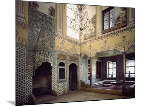 Sultan's Mother's Dining Room, Topkapi Palace, Historic Areas of Istanbul--Mounted Photographic Print