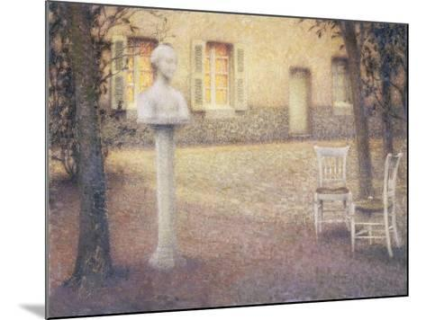 The Bust in the Garden at Twilight; Le Buste Dans Le Jardin Au Crespuscule-Henri Eugene Augustin Le Sidaner-Mounted Giclee Print