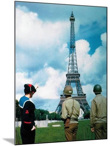 A French Sailor and Two Gis from Army Service Forces Looking at the Eiffel Tower--Mounted Photographic Print