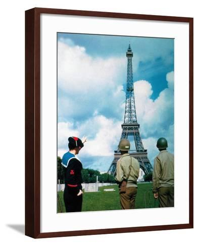 A French Sailor and Two Gis from Army Service Forces Looking at the Eiffel Tower--Framed Art Print