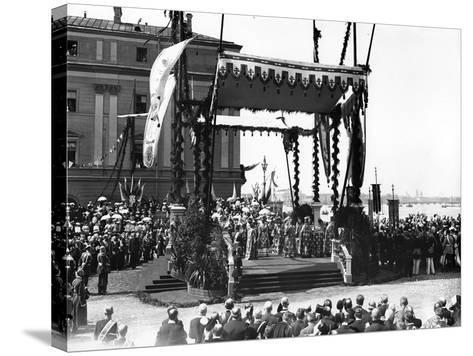A 'Molebin' During the Inauguration of the Troitsky Bridge across the River Neva--Stretched Canvas Print