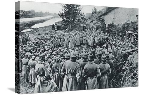 German Soldiers Attending a Divine Service on the Banks of the Aisne Canal During World War I--Stretched Canvas Print