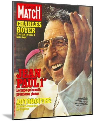 Pope John Paul I Greets the Crowd in St. Peter's Square on 27 August--Mounted Giclee Print