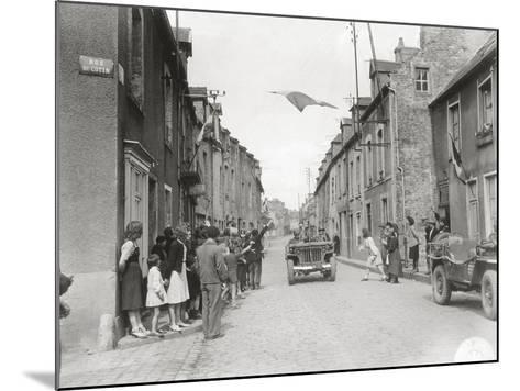 American Jeeps are Driving Through Carentan--Mounted Photographic Print