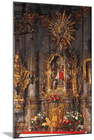 Altar of the Infant Jesus of Prague, Church of Our Lady Victorious, Prague, Czech Republic--Mounted Photographic Print