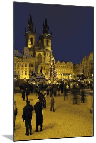 Old Town Square and the Church of Our Lady before Týn, Prague, Czech Republic--Mounted Photographic Print