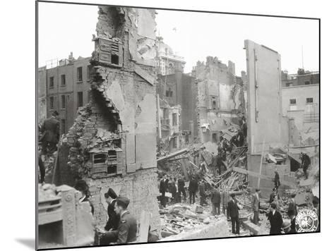 People Searching the Ruins after a Bombing or Impact of V1 or V2, United Kingdom, 1944--Mounted Photographic Print