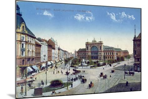 Postcard Depicting the Keleti Palyaudvar Station in Budapest, Hungary, C.1900--Mounted Giclee Print