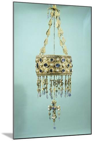 Votive Crown in Gold and Precious Stones from the Treasure of Guarrazar--Mounted Giclee Print