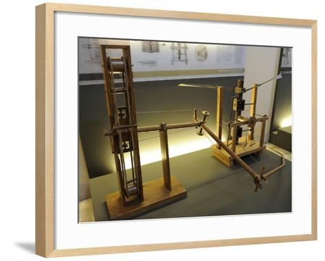 Adjustable-Tilt Wing and Wing-Beating Device with a Screw and Lead Screw System--Framed Art Print