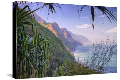 The Magnificent Na Pali Coast, Kauai Hawaii-Vincent James-Stretched Canvas Print