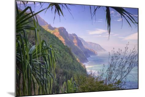 The Magnificent Na Pali Coast, Kauai Hawaii-Vincent James-Mounted Photographic Print