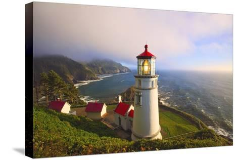 Heceta Head Lighthouse, Oregon Coast, Pacific Ocean, Pacific Northwest-Craig Tuttle-Stretched Canvas Print