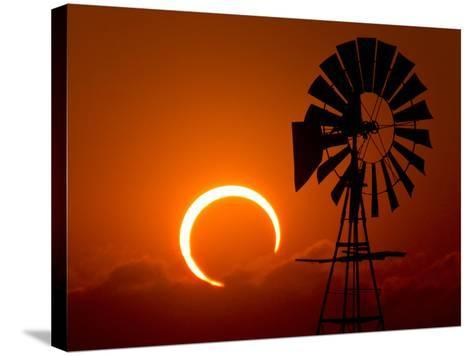 2012 Annular Solar Eclipse-Willoughby Owen-Stretched Canvas Print