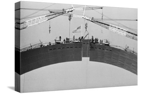 Placing Keystone into Gateway Arch in St. Louis--Stretched Canvas Print