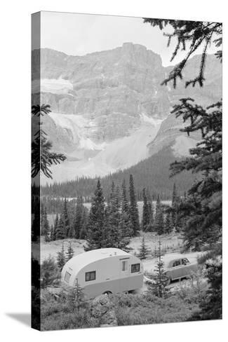 Crowfoot Glacier from Icefields Parkway-Philip Gendreau-Stretched Canvas Print