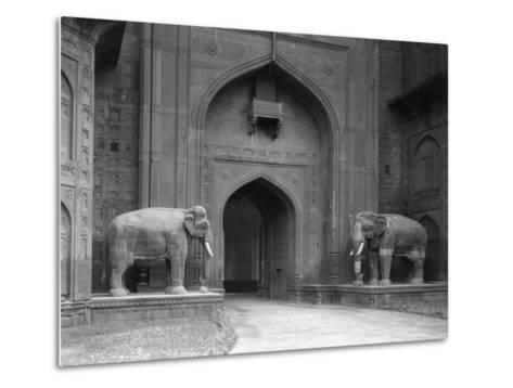 Elephant Statues at Red Fort-Philip Gendreau-Metal Print