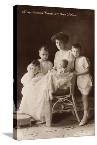Kronprinzessin Cecilie Sitzend Mit Ihren Söhnen--Stretched Canvas Print