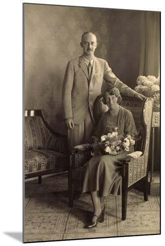 Herzog Ernst August Von Braunschweig Mit Frau--Mounted Giclee Print