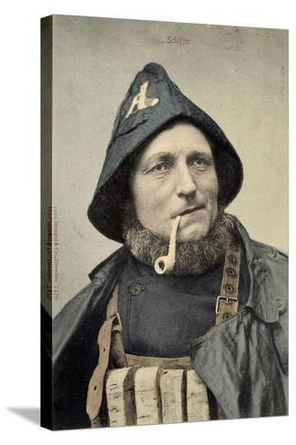 Schiffer, Mann in Arbeitskleidung, Seemann, Pfeife--Stretched Canvas Print