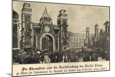 Berlin, Franz Josef I, Am Pariser Platz, Ehrenpforte--Mounted Giclee Print