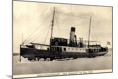 Dampfer Bad Stepenitz Im Eise Im Jahre 1929--Mounted Giclee Print