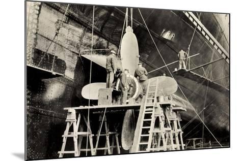 Schiffsschraube Der Ms Milwaukee Der Hapag--Mounted Giclee Print