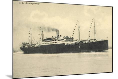 Hapag, Dampfschiff D.S. Pennsylvania in Fahrt--Mounted Giclee Print