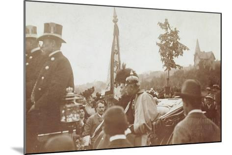 Foto Baden Baden, Pferdekutsche, Friedrich II--Mounted Giclee Print