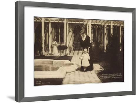 Herzogin Victoria Adelheid, Sachsen Coburg Gotha--Framed Art Print